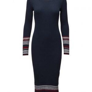 Esprit Casual Dresses Flat Knitted neulemekko