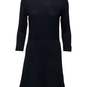 Esprit Casual Dresses Flat Knitted neulemekko