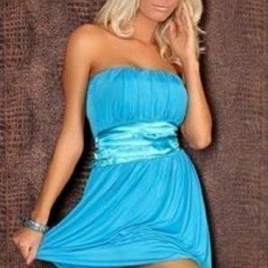 Evelyn sininen juhlamekko (Plus Size)