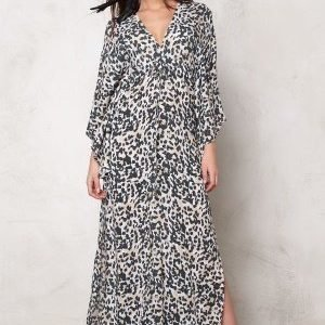 F.A.V Dusty Maxi Wing Leo