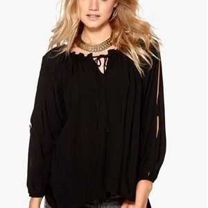 F.A.V Nice Lace Blouse Black