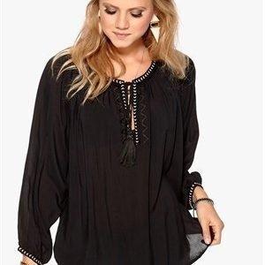 F.A.V Nice Tassle Blouse Black