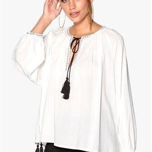 F.A.V Nice Tassle Blouse White