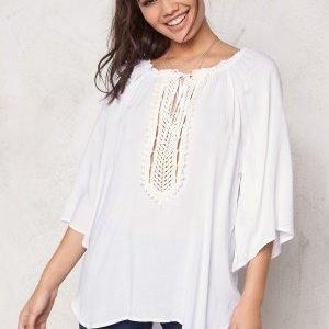 F.A.V Silky Lace Tunic White