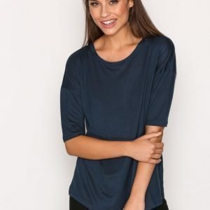 Filippa K Elbow Sleeve Swing Top T-Paita Midnight