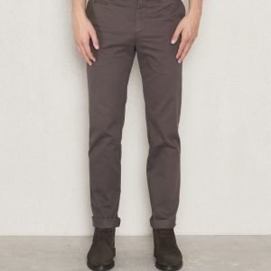 Filippa K Liam Heavy Cotton Chino Back Forest