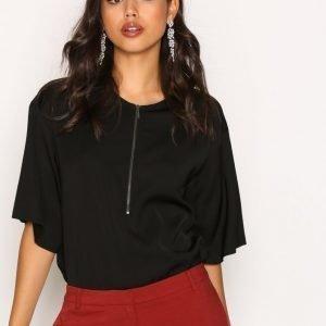 Filippa K Paige Square Draped Shirt Arkipaita Black