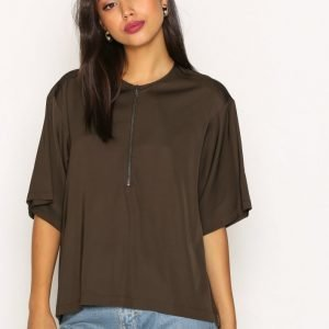Filippa K Paige Square Draped Shirt Arkipaita Dark