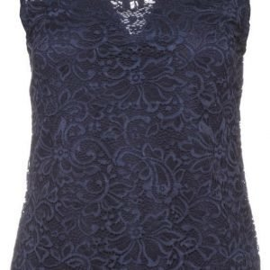 Freequent Lanielle Lace Top Pitsitoppi