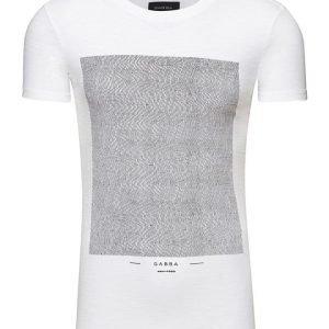 Gabba Clifton Square T-paita