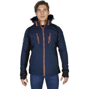 Geographical Norway Raket_man pusakka