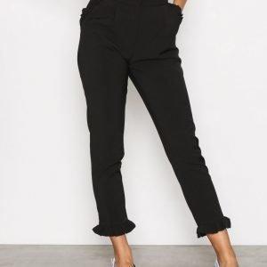 Glamorous Amanda Frill Hem Trousers Housut Black