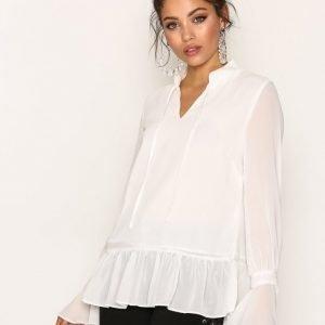 Glamorous L / S Dreamy Blouse Arkipaita White