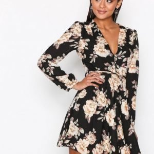Glamorous Long Sleeve Flounce Dress Pitkähihainen Mekko Black Flower