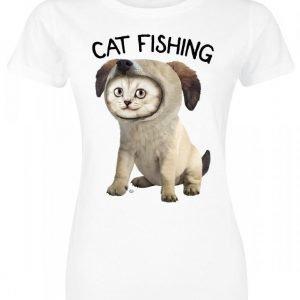 Goodie Two Sleeves Cat Fishing Naisten T-paita