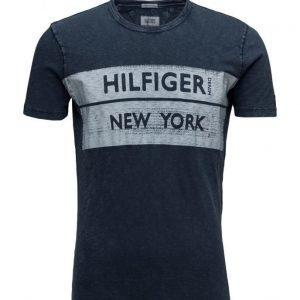 Hilfiger Denim Thdm Cn T-Shirt S/S 13 lyhythihainen t-paita