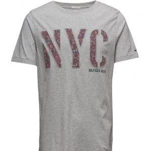 Hilfiger Denim Thdm Cn T-Shirt S/S 28 lyhythihainen t-paita