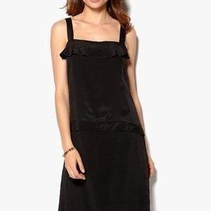 In Wear Maloy Dress Musta