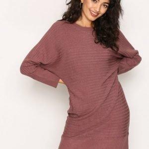 Jacqueline De Yong Jdyblues L / S Dress Knt Sky Loose Fit Mekko Tumma Vaaleanpunainen