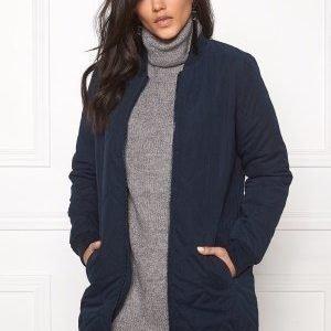 Jacqueline de Yong Alisha quilted coat Sky captain
