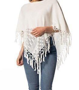 Jacqueline de Yong Fringe Poncho Knit Cloud Dancer