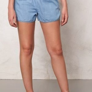 Jacqueline de Yong Move Denim Shorts Light Blue Denim