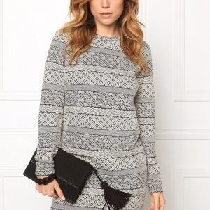 Jacqueline de Yong Peachpit l/s o-neck Cloud dancer