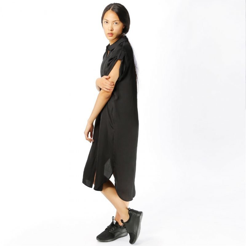 Junkyard Azusa -mekko