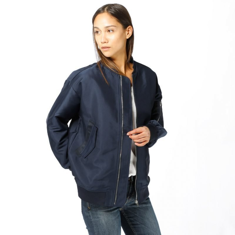 Just Female Theory Bomber -takki