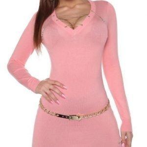 Koucla vaaleanpunainen ketjukoristeinen neulemekko