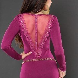 Koucla violetti koristekirjailtu neulemekko