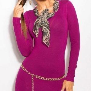 Koucla violetti neulemekko leohuivilla