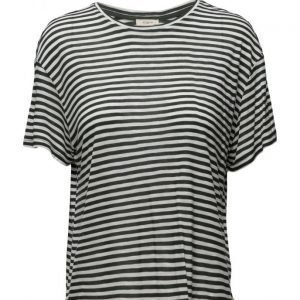Lee Jeans Relaxed Crew T