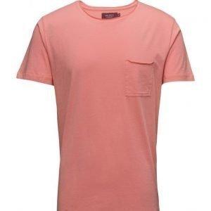 Les Deux T-Shirt Loose Pocket lyhythihainen t-paita