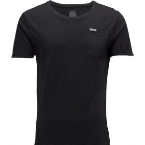 Lindbergh Washedtee lyhythihainen t-paita