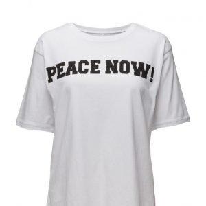 Line of Oslo Boy Peace Now