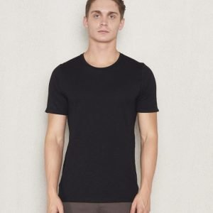 Ljung by Marcus Larsson Core Tee Black