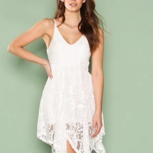 Love Triangle Party Favourite Dress Skater Mekko White