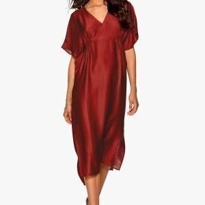 Make Way Imogen Dress Red