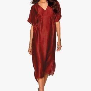 Make Way Imogen Dress Red