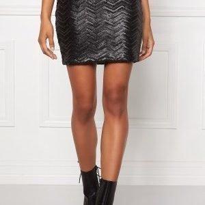 Make Way Seven Skirt Black