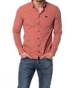 Makia Archipelago Shirt Red