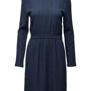 Minimum Amana lyhyt mekko