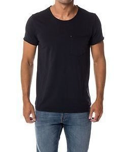 Minimum Bradley Tee Black