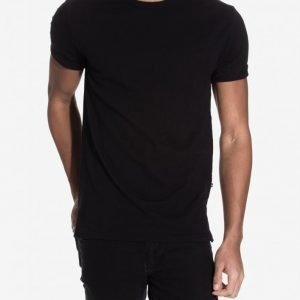 Minimum Delta T-shirt T-paita Black