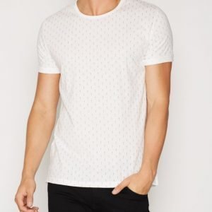 Minimum Delta T-shirt T-paita Ivory