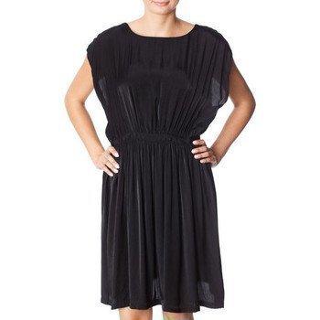 Minimum Ingelis mekko lyhyt mekko