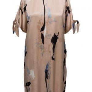 Minimum Siska lyhyt mekko