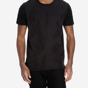 Minimum Watford T-paita Jet Black