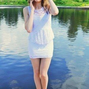 Miranda valkoinen peplum-mekko